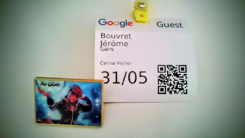 Pins de l'association TyoStory et Badge invité de Google Association TyoStory et l'événement #GoogleAsso